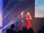 Martin Novak, Managing Director von Eurotax Schweiz, führte mit charmanter Unterstützung durch den Abend.Martin Novak, Managing Director d'Eurotax Suisse, a animé la soirée à merveille.